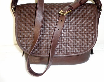 Cole Haan woven leather bag, slouchy bucket style smaller size purse satchel shoulder bag vintage 80s  Mint Cond, Italian leather brown bag