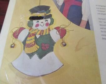 Felt Kit Bucilla Felt Kit Jeweled Snowman Puppet Mitt 8324 Complete and Ready to Make Christmas Ornaments