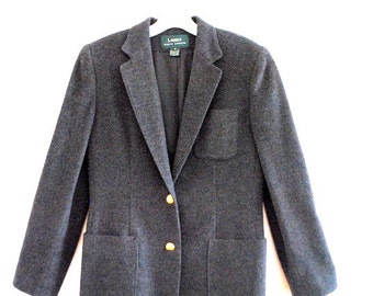 Classy vintage 90s grey cashmere blent , military style jacket-blazer. Made by Ralph Lauren. Size 6.