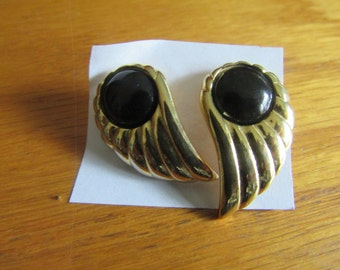 black and gold wing earrings post