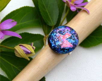 028 Fused dichroic glass ring, adjustable, silver plated, pink and blue splatter on black background