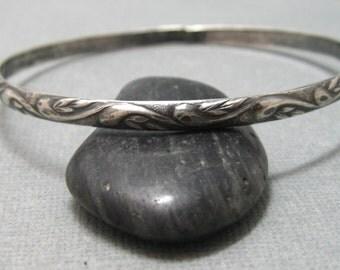 Leaf pattern sterling silver bangle bracelet, handmade artisan pattern bangle