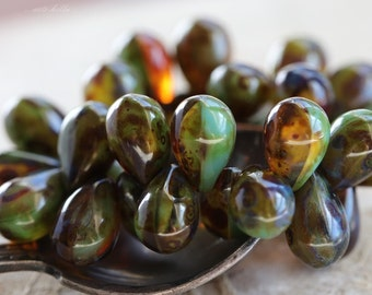 sale .. EARTHY DROPS .. 30 Picasso Czech Glass Drop Beads 9x6mm (2631-st)