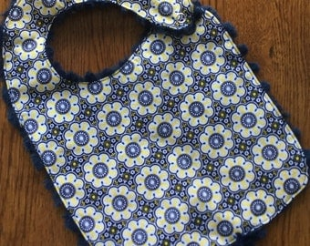 On Sale - Navy Blue and Yellow Daisy Minkie Baby/Toddler Bib