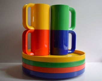 Heller Plastic Dishes, Rainbow Colors, 4 Dinner Plates and 4 MaxMugs, By Massimo Vignelli