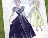 Vintage 1950 Butterick 5526 Sewing Pattern Teen-Age Dance Dress - Decollete Dress / Size 14 Bust 32
