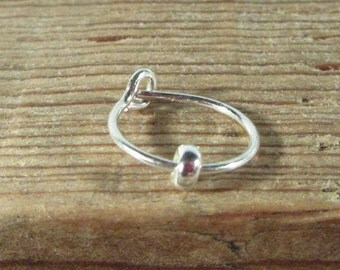 Hoop Earring Silver Silver Band SINGLE - Tragus Jewelry,Rook Jewelry,Daith Jewelry,Helix Jewelry,Forward Helix Jewelry,Anti Tragus,Beaded