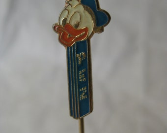 Donald Duck Pez Stick Pin Blue White Orange Gold Lapel Vintage Disney