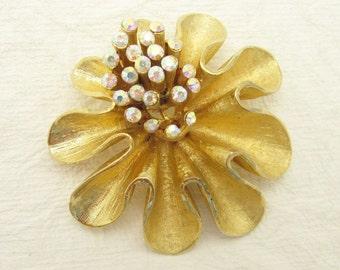 Large Rhinestone Brooch Vintage Jewelry P6995