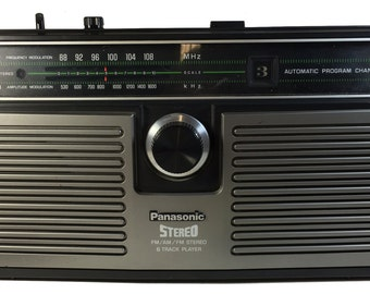 Vintage Panasonic FM AM 8 track player stereo portable radio