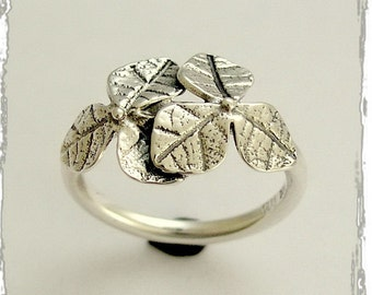 Botanical ring, sterling silver ring, oxidized ring, leaf ring, simple ring, leaves ring, thin silver ring, silver leaves - Curiosity R1690
