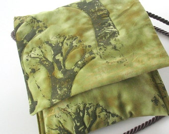Small Crossbody Purse, Quilted Trees Purse