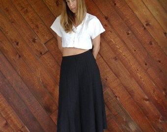 extra 30% off SALE ... Accordion Pleat Black Midi Skirt - Vintage 70s - M L