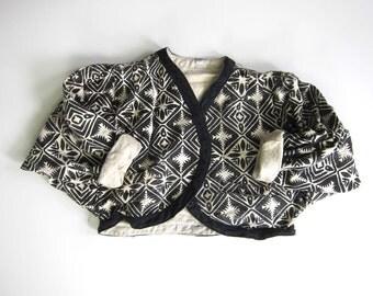 Tribal Print Cotton Jacket Black White Cropped Shrug Nepal Hand Made Coat Oversized Ikat Ethnic Jacket with POCKETS Vintage 80s 90s Large
