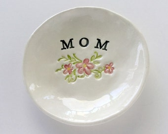 Mothers ring holder gift for mom ring dish birthday gift handmade by Cathie Carlson