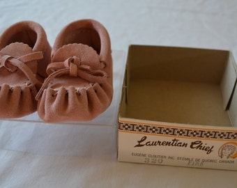 sale Vintage Adorable Pink Baby Moccasins by Laurentian Chief Made in Canada Infant Size 3 New in Box