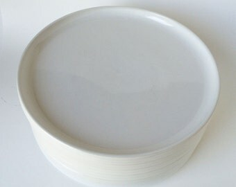 Pacific Trend Bauhaus White Dinner Plates Set of Six, Mid Century Modern Dish Set