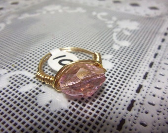 Size 9 Tarnish Resistant Goldtone Wire Wrapped Ring w. Pink Glass Bead Center