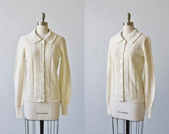 Vintage 1970s Speckled Cream Cardigan Sweater with Collar / Confetti