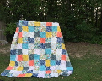 King Quilt, Full Quilt, Rag Quilt, YOU CHOOSE SIZE, Mille Fleur fabrics, coral mavy and aqua, comfy cozy handmade bedding, cottage style