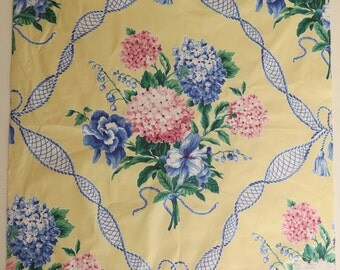 Cotton Sheeting Fabric Remnant/Sample Cotton Chintz Romantic Floral Garland Tassel on Yellow Ground