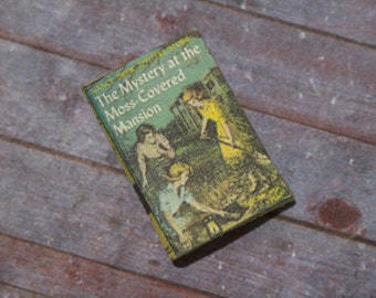 Miniature Book --- Nancy Drew: The Mystery at the Moss-Covered Mansion