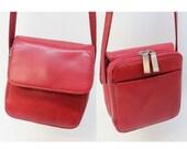90s Shoulder Bag / Cross Body Purse / Small Organizer Bag / Hobo International / Red