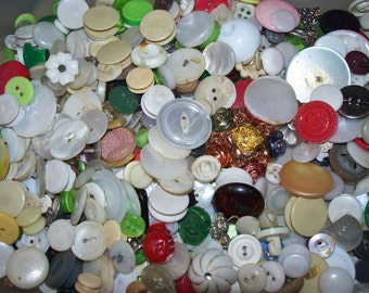 Craft Buttons, Large Lot Of Seconds, Lot Sec-1 (Free US Shipping)