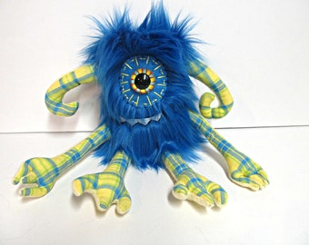 Cyclops Monster Plush - Handmade Plush Cyclops Monste - Hand Embroidered Monster Toy - OOAK Weird Toy - Blue Faux Fur Monster - Cute Monster