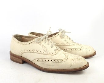 Cream Oxfords Shoes Vintage 1980s Wingtip Joan and David Leather Women's size 38 1/2