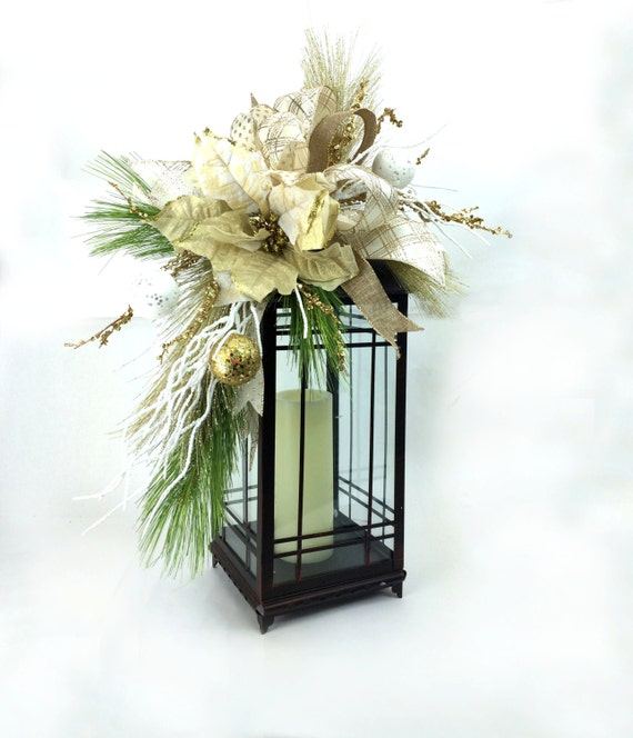 Christmas Swags Decorations: Christmas Lantern Swag In Gold White W Poinsettia Ornaments