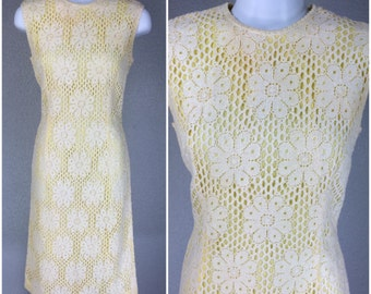 Vintage 1950s Dress Yellow Cream Crochet Wiggle Floral Dress