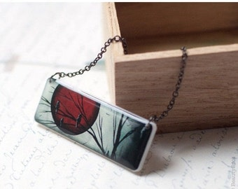 Full Moon necklace - Red necklace - Vampire (N045)