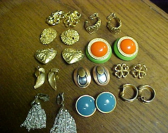 Vintage clip on ear rings 11 pair- all for 10.00-  some signed