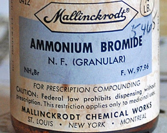 AMMONIUM BROMIDE, antique medical amber bottle, apothecary, pharmacy, display, home decor, coolvintage, photography prompt, 2018