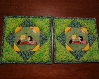 Peanuts/Schroeder and Lucy themed quilted potholders- pair