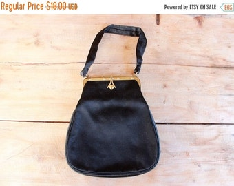 SALE 1960s evening bag / black satin clutch / 1960s handbag