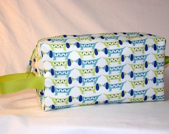 Nose-to-Nose Dachshunds in Blue/Green Project Bag - Premium Fabric