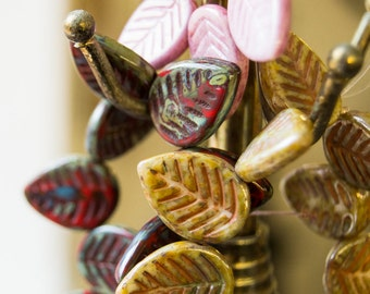 Czech Glass Leaves Multicolor, Czech Glass Leaf Beads, Red Green Pink brown Leaves Detailed 12mmx17mm