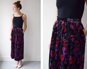 1980s Floral Velveteen Skirt - XS
