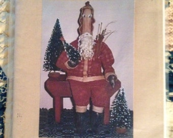 Primitive Santa Pattern