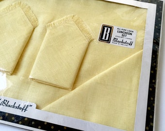 Vintage 1960s Butter Yellow Linen Placemat Napkin Set NOS / Ireland Blackstaff Luncheon Set / Service for 4