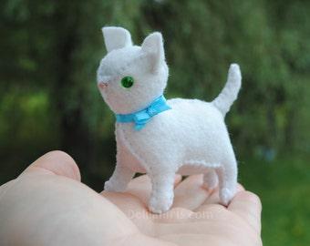 Stuffed Felt Cat, 3 Inch Mini Felt Animal, Stuffed Cat Toy, Cat Soft Sculpture, Handmade Felt Gift, White Kitten Plush
