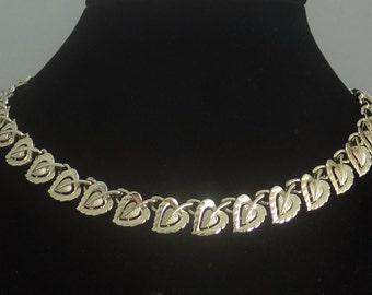 "20% off sale Vintage CORO signed  16.5"" gold tone necklace in great condition"