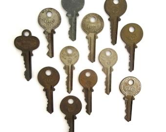 12 vintage keys Key collection Vintage stamping keys Antique keys Stamping keys House keys Old keys for stamping Blank key Blank side A1 #23