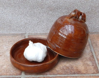 Garlic roaster or butter dish handthrown in stoneware butterdish