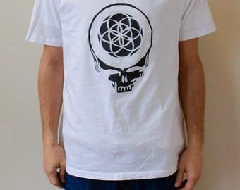 LARGE Mens XL White and Black Flower of Life Stealie Tshirt