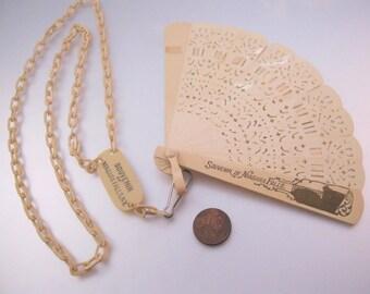 Vintage 1930's Niagara Falls NY Souvenir Fan Celluloid Necklace