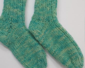 Boys/girls 100% wool socks Child 6 to 8