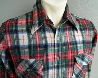 1970s vintage pure wool flannel long sleeve shirt size large